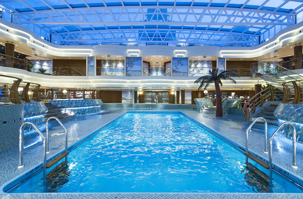 la_playa_preziosa_piscina_interior_ii